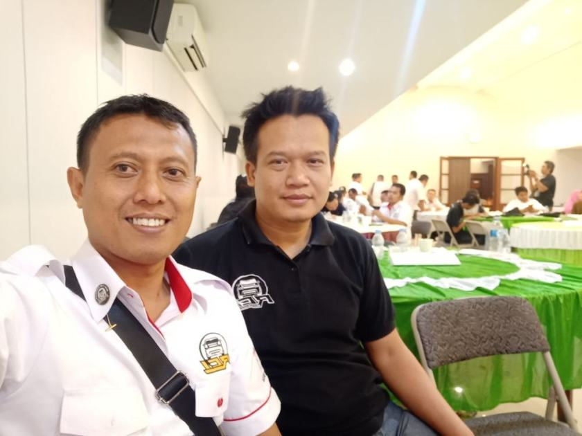 ketua dan teman anggota Rent Car Indonesia.jpeg