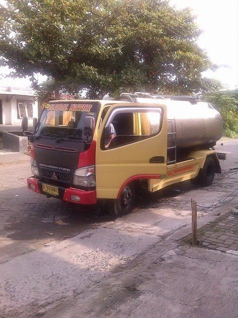 mobil pengangkut air bersih.jpg